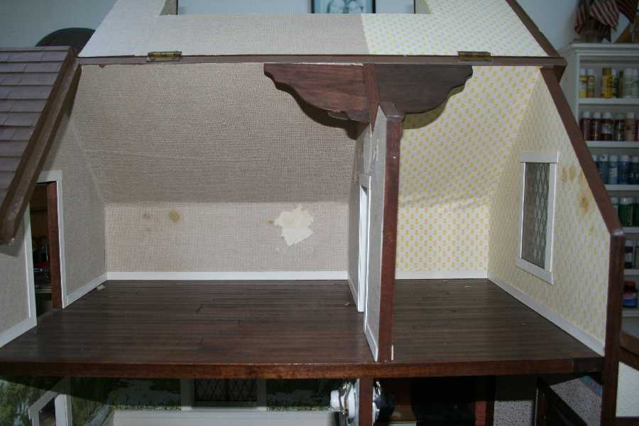 hanging wallpaper border chair rail height